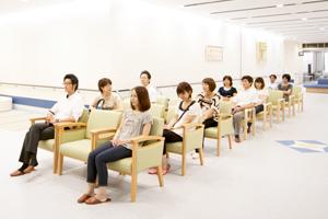 冨田病院 待合室