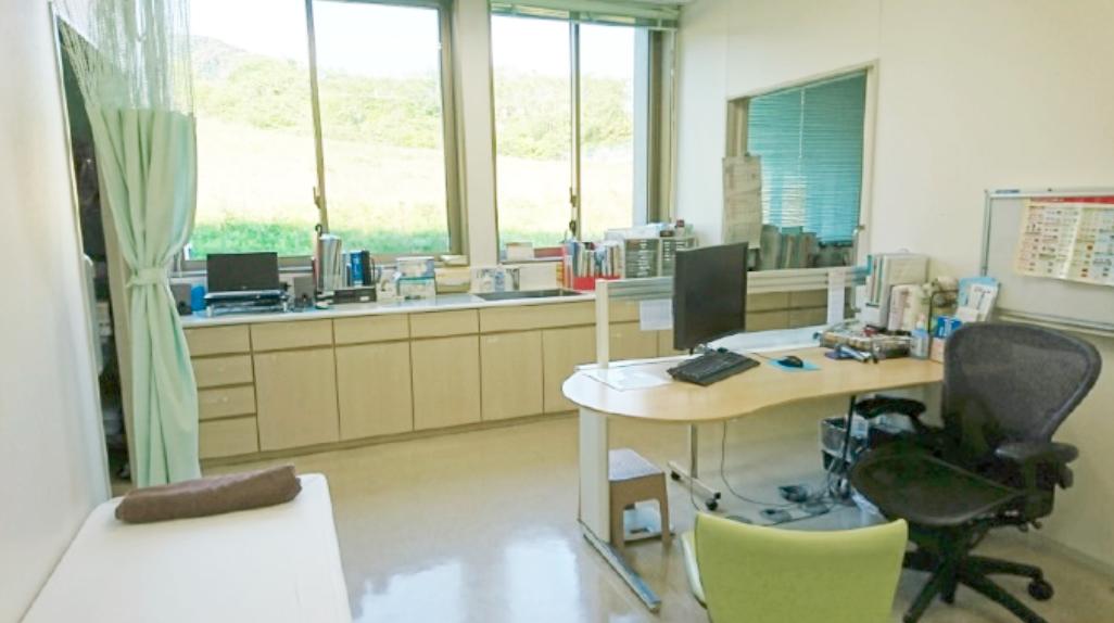 冨田病院 診察室
